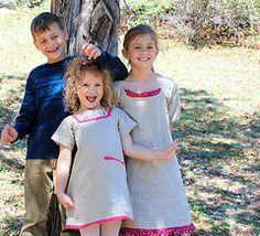Goofy servant girls   Flickr - Photo Sharing!