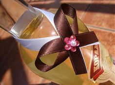 mašličky na fľaše a rôzne doplnky na svadbu, rôzne farebné kombinácie podľa želania