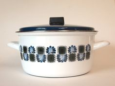 Enamelware Soup Pot Dutch Oven 5 Quart  Blue & White Mid Century Modern Peacock Feather Design | Made in Austria Housewarming Wedding Gift  by cocoskitchen