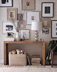 Mixed frame wall feature