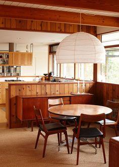 SEATTLE: Philip Newton's Home 9/29/2011 via @Design*Sponge