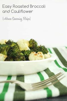 Easy Roasted Broccoli and Cauliflower 038 House Seasoning Recipe Easy Roasted Broccoli and Cauliflower 038 House Seasoning Recipe Wardee Traditional Cooking School by GNOWFGLINS TradCookSchool Side Dishes Easy nbsp hellip Broccoli seasoning Gluten Free Recipes Side Dishes, Paleo Side Dishes, Veggie Recipes, Whole Food Recipes, Keto Recipes, Delicious Recipes, Roast Broccoli And Cauliflower, Cauliflower Recipes, Kitchens