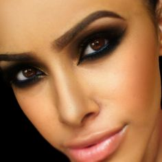 Bronze With Blue full face arabic makeup