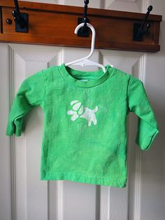 Green baby tee with batik puppy dog, size 12m. Ready to ship! $14.00