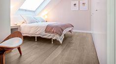 Uno chalet dallo stile moderno e dai toni neutri #mansarda #bedroom #attic