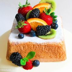 Lemon sponge cake with fresh fruits. Lemon sponge cake for flavor loving folks! This sunshine dessert is so moist light and pillowy that you are sure to beg for more! Passion Fruit Cake, Fresh Fruit Cake, Homemade Lemon Cake, Lemon Sponge Cake, Cake Stock, Watermelon Cake, Light Cakes, Gluten Free Cakes, Cake Servings
