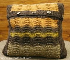 Free Knitting Pattern - Pillows, Cushions & Covers: Jaffa Cake Pillow Cover