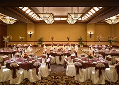 Ballroom Set In Rounds