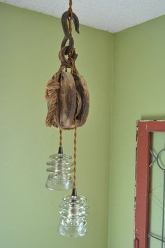Wooden pulley glass