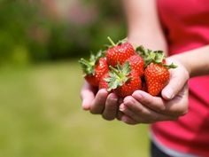 Strawberry-For-Healthy-Skin