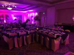 X ceptional table layout | The Center @ Holiday Inn | Breinigsville, PA | Call 610.391.1000 today for your tour!