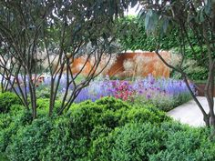 daily telegraph show garden, rhs chelsea 2006