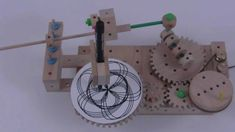 The setup for a fixed center gear on the Cycloid Drawing Machine. This has a gear orbiting a fixed center gear. Cnc Projects, Science Projects, School Projects, Mechanical Art, Mechanical Design, Drawing Machine, Science Toys, Kid Experiments, Dyi Crafts