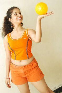 Kannada Subha Punja Hot Wallpapers - Hot Actress Wallpapers World