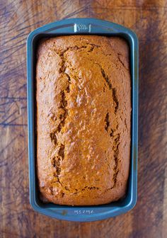 Oh Yum! Cinnamon and Spice Sweet Potato Bread - Eating your vegetables via soft & moist bread is the best way! Definitely my favorite way to eat sweet potatoes! Think Food, I Love Food, Baking Recipes, Dessert Recipes, Sweet Potato Bread, Delicious Desserts, Yummy Food, Tasty, Brunch