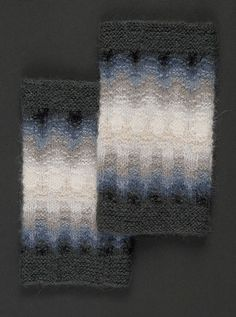 Grå Dimman, muddar ... Oh, my. Bohus mitts. Is there anything so lovely as bohus designs?