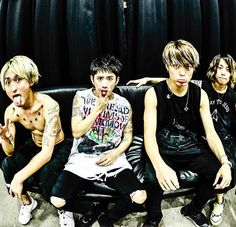 Support One Ok Rock Latin America on Instagram