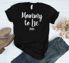 148129df5 Mommy to be 2020   Mama Established 2020   New Mommy Present   Baby Shower  Gift   Womens T Shirt   Mother's Day   Gender Reveal