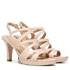 Dress up your look with the flirty Pressley heels from Naturalizer.New premium…