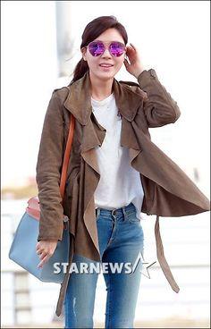 Kim Ha-neul leaves for her honeymoon