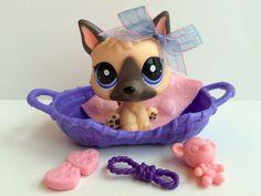 Littlest Pet Shop Cute German Shepherd #1800 w/Dog Bed & Accessories #Hasbro