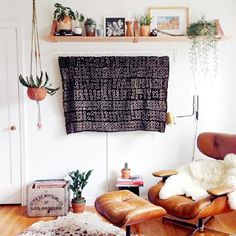Hide Your TV - 30 Small-Space Hacks You've Never Seen Before - Photos