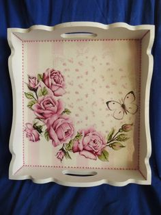 Wooden Painting Tray Models 164 Pieces-Wooden Tray Painting And Decoration Decoupage Vintage, Decoupage Art, Shabby Chic Tray, Shabby Chic Painting, Diy Projects Shelves, Wooden Painting, Art Decor, Decoration, Painted Trays