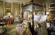 Mario Buatta Interiors   Eye For Design: Romantic Chintz Interiors....The Mario Buatta Way
