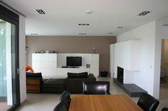 Das Getrickste Haus. Moderne WohnzimmerWohnzimmer ...
