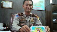 Bola World – Game Online Bola – Baseta (Badut Keselamatan Berlalulintas) sebuah game dari Android yang di buat oleh Polisi muda asal Jepara, yaitu AKP Andhika Wiratama. Kunjungi kami di http://bolaworld.com