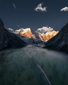 Sunrise in the Austrian Alps by Christian Scheiffele / 500px Beautiful Landscape Photography, Beautiful Landscapes, Day And Time, Night Time, Creative Landscape, National Photography, Morning Light, Landscape Photographers, Early Morning