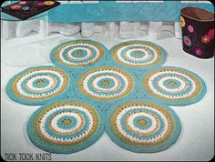 No.115 Crochet Pattern PDF Vintage - Rug Of Circles - Retro Crochet Pattern - Bedroom or Living Room - Instant Download