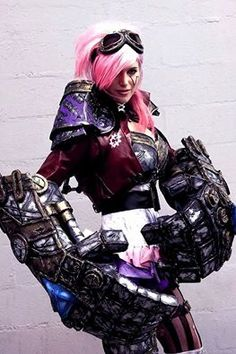 Vi from League of Legends Cosplayer: Lucie Monroe Cosplay Photographer: Maribel