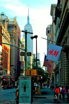Fifth Avenue Chelsea morning, NYC Places Around The World, Oh The Places You'll Go, Places To Visit, Around The Worlds, Monuments, Chelsea Nyc, Empire State Of Mind, I Love Nyc, City That Never Sleeps