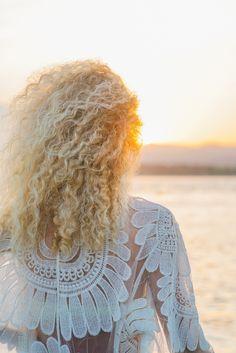 Кудрявая девушка блондинка смотрит на рассвет, на острове Gili Air. Follow me on Instagram @chebesovfilms Gili Air, Lace, Instagram, Women, Fashion, Moda, Women's, La Mode, Racing
