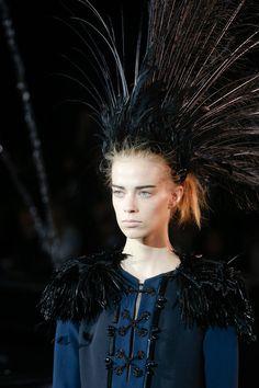 Beauty at Louis Vuitton Spring-Summer 2014 Fashion Show #PFW #RTW #SS14 #LouisVuitton #LV #LVMH via style.com