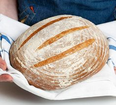 Learn how to make a bubbling sourdough starter using white bread flour and water. After feeding the starter for five days, you can use it to make a sourdough loaf Making Sourdough Bread, Sourdough Recipes, Bread Recipes, Starter Recipes, Bread Making, Veggie Recipes, Baking Recipes, Roasting Tins, Thing 1