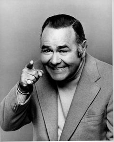 Comedian Jonathan Winters, inspiration to many, including Robin Williams Robin Williams, The Comedian, Classic Hollywood, Old Hollywood, Hollywood Icons, Hollywood Stars, Misfits Characters, Persona, 23 November