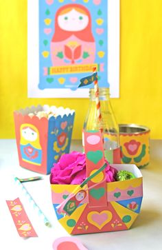 The best printable birthday party pack! Happythought.co.uk Russian Dolls Matryoshka