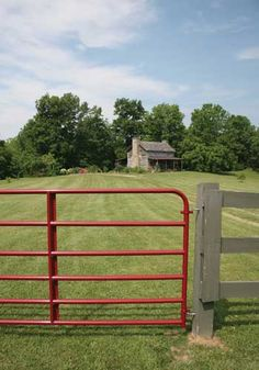 Farm gates need to be strong and sturdy. Here's some practical advice.
