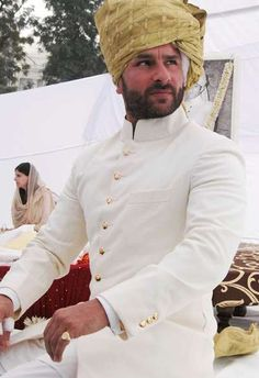 Saif Ali Khan with his mother Sharmila Tagore after he was anointed the tenth Nawab of Pataudi at a ceremony at his ancestral palace Inbrahim Palace, Pataudi in Haryana. Sherwani For Men Wedding, Wedding Dresses Men Indian, Sherwani Groom, Wedding Dress Men, Wedding Men, Wedding Suits, Punjabi Wedding, Wedding Ideas, Indian Weddings