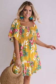 Cocktails On The Beach Smocked Dress In Marigold Simple Dresses, Pretty Dresses, Casual Dresses, Best Prom Dresses, Summer Dresses, Vintage Style Dresses, Types Of Dresses, Outerwear Women, Women's Fashion Dresses