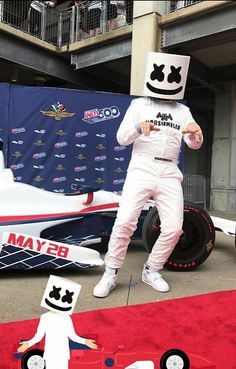 Nf Real Music, My Music, Marshmello, Itslopez, Electro Music, Alan Walker, Song Artists, Favorite Person, Loving U