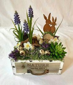 Deco Spring Easter Luxury Easter Decoration Decorative Easter Spring Bunnies Vintage Wood - Home Easter Flower Arrangements, Easter Flowers, Deco Floral, Arte Floral, Christmas Diy, Christmas Decorations, Diy Crafts To Do, Summer Diy, Spring Crafts