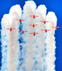 Over the top Air Fighter, Fighter Jets, National Flag India, Blue Angels Planes, Fighting Plane, South African Air Force, Raf Red Arrows, Airplane Crafts, Airplane Photography