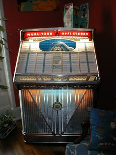 A Beautiful Wurlitzer Jukebox.