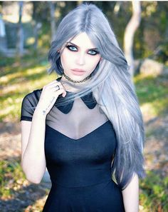 Model: Dayana Melgares Dress: Killstar Welcome to Gothic and Amazing |www.gothicandamazing.org