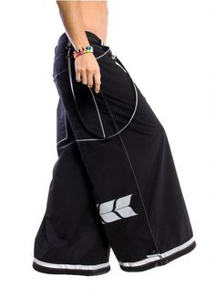 jnco jeans-- a staple fashion for break dancers and graffiti taggers Rave Pants, Jnco Jeans, 90s Fashion, Fashion Outfits, Black Pants, Couture, My Style, Raves, How To Wear