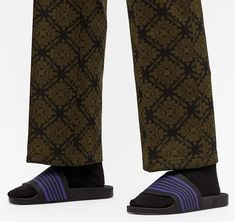 Slide Sandals, Leg Warmers, Legs, Accessories, Fashion, Sandals, Leg Warmers Outfit, Moda, Fashion Styles