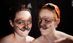 BE SILLY: DISNEY VILLIANS, Siamese cats make-up and costume